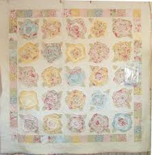 I can't wait to make a French Rose Quilt!!!   1 Quilt at a Time ... & I can't wait to make a French Rose Quilt! Adamdwight.com