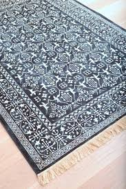 blue and white area rug blue and white checd area rugs