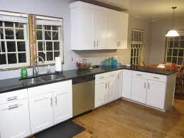 Granite For White Cabinets White Kitchen Cabinets With Green Granite Countertops