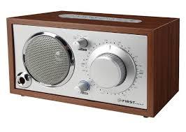<b>Радиоприемник FIRST</b> Мощность: 1x4 Вт.Рабочие частоты: AM ...