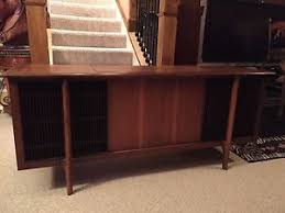Victrola RCA Victor Record Player and Stereo AM FM Radio console