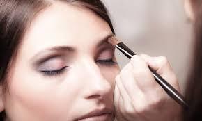 edmonton makeup artist courses