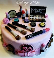 12 round chocolate makeup cake