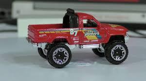 2017 Hot Wheels D Case #82 1987 Toyota Pickup Truck - YouTube