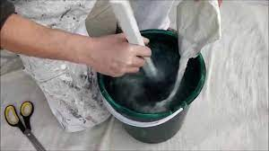 How to mix wallpaper paste - YouTube