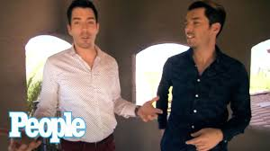 HGTV's Property Brothers' Fully Renovated House I Hollywood at Home ...