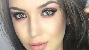green highlights and romantic look makeup tips for hazel eyes