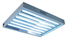 because this is a 2 feet long fixture with 6 bulb configurations it will consume the regular 144 watts of power each hour it is turned on and will emit a