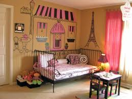 Paris Themed Girls Bedroom Pink Princess Girls Room Celebrity Kids Project Nursery Idolza