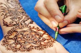 The Best Mehndi Design Karwa Chauth Mehndi Designs 2019 To Adorn Your Hands And Feet
