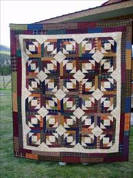 quilt made with homespun fabrics using Bonnie's pineapple quilt ... & quilt made with homespun fabrics using Bonnie's pineapple quilt pattern  from quiltville.com | Quilting | Pinterest | Pineapple quilt pattern, ... Adamdwight.com
