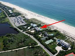the hamptons billionaire lane mapped jeff cully eefas
