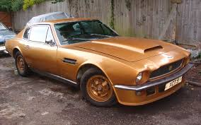 aston martin v8 1973. aston martin v8 works development car 1973 v8/11006/rca-imperial war museum duxford 8842