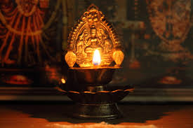 How Many Lamps To Light In Pooja Room In Kannada How Many Lamps To Light In Pooja Room Divineinfoguru Com