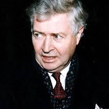 Former NHS Ayrshire & Arran chief Bill Fyfe dies, aged 80 - Daily ...
