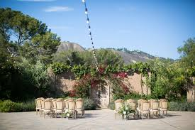 intimate ceremony setting with mountain view catalina view gardens wedding miki sonja photography mikiandsonja com