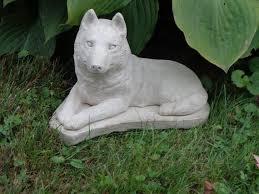 concrete statue malamute husky grave