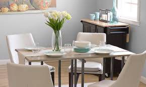 Furniture runners Ideas How To Use Table Runners Toyoulikecom How To Use Table Runners Overstockcom