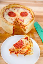 perfect pepperoni pizza slice. Brilliant Slice Pepperoni Pizza Cake On Perfect Slice