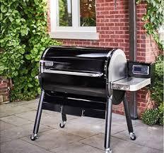 Barbecue à pellets Weber SmokeFire présenté par Raviday