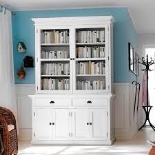 display cabinet with 2 glass doors and 4 cupboard doors plus shelves inside