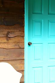 turquoise front doorBright Turquoise Front Door  Trim for the Guesthouse  Dans le