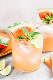 See the wide range of cocktail recipes and make yours at home! Vodka Watermelon Cocktails Kim S Cravings