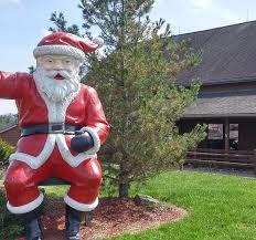 Hotel Close to Holiday World- <b>Santa's</b> Lodge in <b>Santa</b> Claus IN