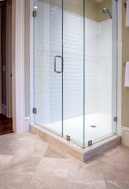 Clean Bathroom Walls Clean Crisp Lines For This Walk In Guest Bathroom Shower White