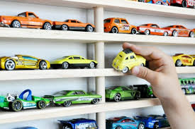 how to toy cars