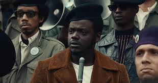 Kaluuya began his career as a teenager in improvisational theatre. Fhoywdry8pvdxm