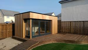 Garden Room Hot Tub Sunken Trampoline Amazing Fun For All