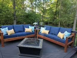 DIY Outdoor Furniture Pallets Protect Patio and DIY Outdoor