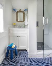 36 Trendy Penny Tiles Ideas For Bathrooms Digsdigs Blue Bathroom