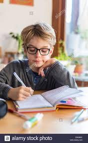 topics for descriptive essay writing discursive