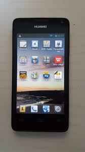 Huawei Ascend Y300 schwarz mit Hülle in ...