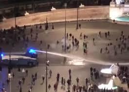 Roma. Proteste in piazza contro il Covid, petardi e cassonetti incendiati:  sorveglianza speciale per il leader di Forza Nuova Giuliano Castellino