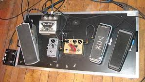 analog man beano boost treble booster effects pedal here is his pedalboard