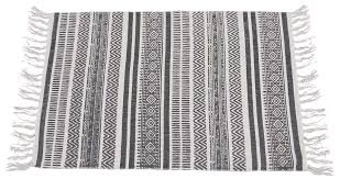 80x50 area rug in cotton with kilim pattern white black floor mat with tassels