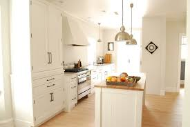 white kitchen cabinets with oil rubbed bronze pulls