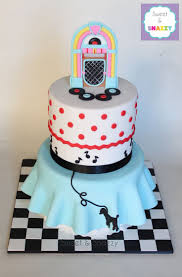 193 best cake , cupcakes retro enzo images on Pinterest ...