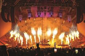Tacoma Dome Michael Buble Seating Chart Pollstar Boxoffice Insider First On The Scene Kiss