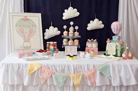 hot air balloon decorations table party