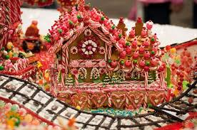 Candy Cane House Decorations Candy House Ideas 25