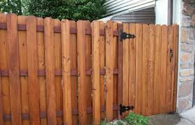 Front side of single-door gate. The post on the