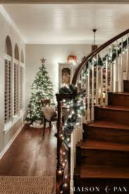 Best 25+ Christmas stair garland ideas on Pinterest | Christmas decorations  for staircase, Christmas garland for stairs and Christmas decor for stairs