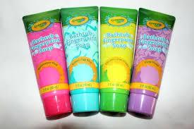 bathtub finger paint transformers bathtub finger paint set how to use bathtub finger paint crayola