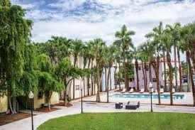Hotels Near Manuel Artime Performing Arts Center Miami Fl
