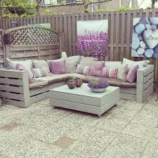 furniture of pallets. DIY Pallet Couch And Table Furniture Of Pallets