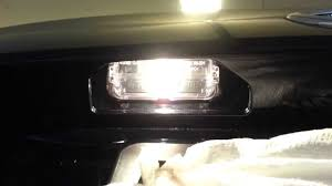 Toyota Camry License Plate Light Replacement 2013 Toyota Camry Le Checking New License Plate Light Bulbs Galaxy S3